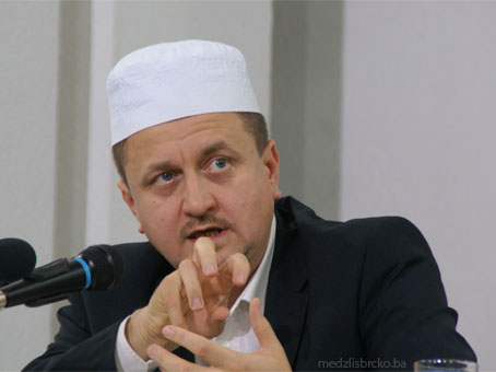 "Dr. Halilović govorio na temu:""Kako očuvati iman"""