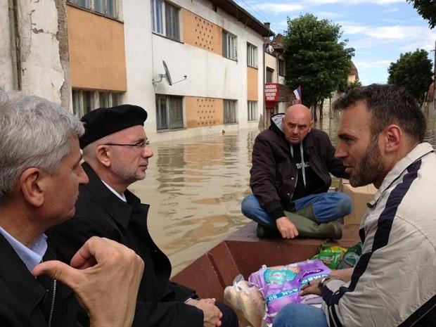 U Bosanskom Šamcu stanje najteže, u Modričkom Lugu kritično, a u Odžaku stabilno