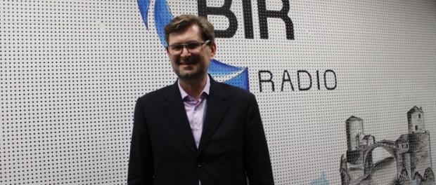 """E. Kovačević, pravni ekspert: """"O zabrani vjerskih obilježja odlučuju građani!"""" (AUDIO)"""