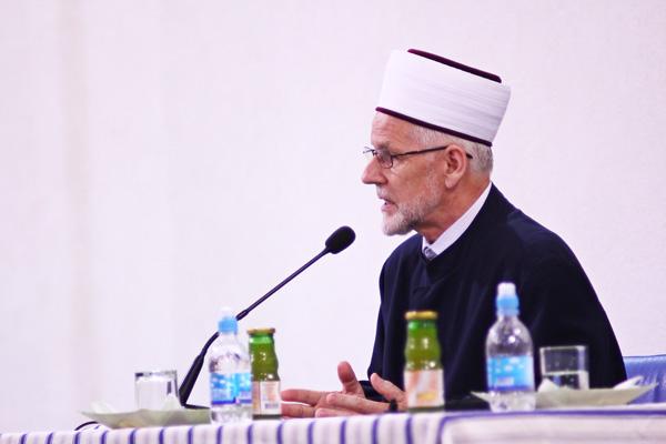 """Dr. Seljubac govorio na temu: """"Ramazansko čišćenje duše"""""""