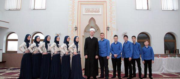 Brka Nova: Promovirano 11 novih učača Kur'ana