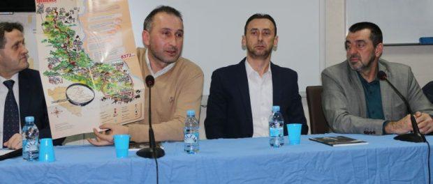 """Gornji Rahić: Promovirana knjiga """"Kad osvaneš sam"""""""
