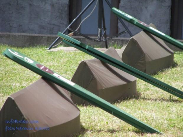 Na mezarju Ivici ukopano 7 civilnih žrtava rata