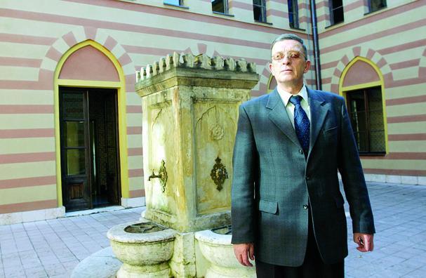 Na Ahiret preselio prof. dr. hfz. Fadil Fazlić