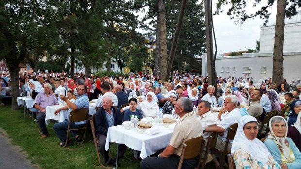 Brčko: Iftar za 1.500 postača