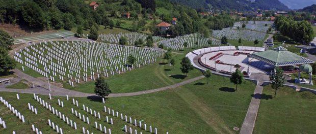 Zašto nemamo mezaristan svjedoka genocida, majki Srebrenice?!