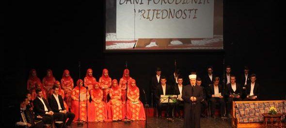 Cijeli svijet duguje majkama Srebrenice i Podrinja, Prijedora i Sanske doline